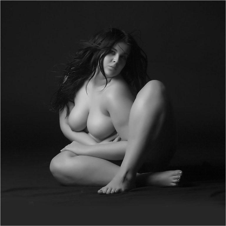 Женщин интим фото полненьких