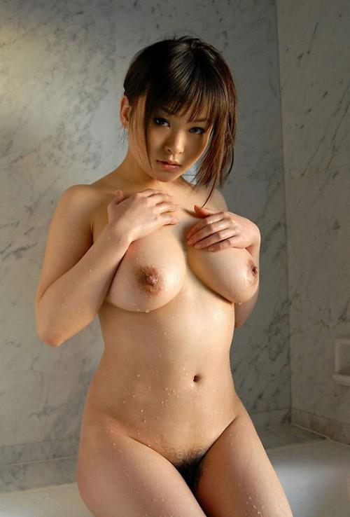 эротическое фото голой японки с большой грудью