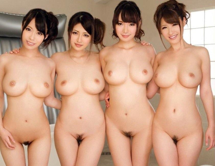 четыре голые японки